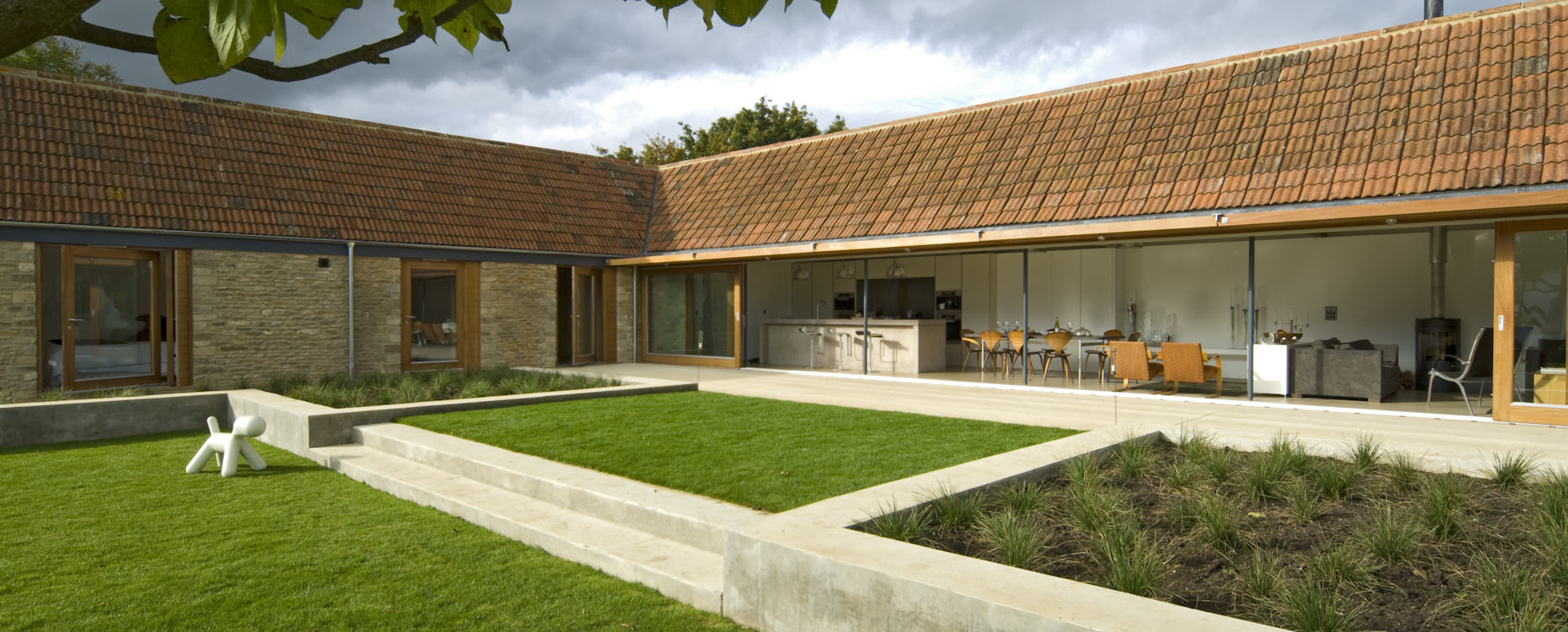 CaSA-Little Chalfield-Wiltshire-concrete landscaping-03-BAN.jpg