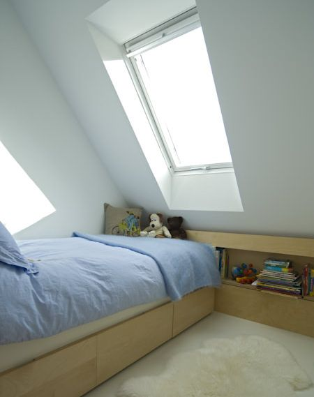 CaSA-Little Chalfield-Wiltshire-attic bed deck-52-PORT.jpg