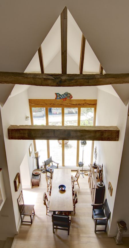 CaSA-Manor Barn-Bath-oak beams-TGP-39-TALL.JPG